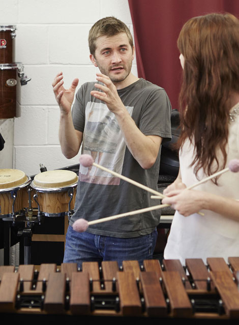 O Duo's Owen Gunnell in a percussion workshop