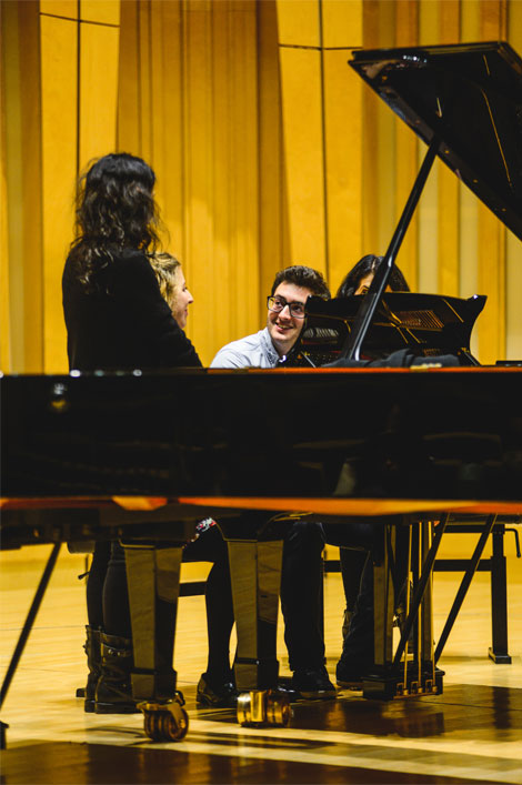 Labeque-Sisters-Masterclass RWCMD George