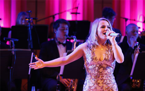 Vikki Bebb performs at RWCMD's Gala for Dame Shirley Bassey