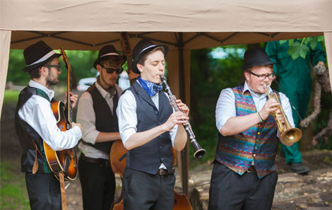 Jazz performers added to the mood of the outdoor promenade performance