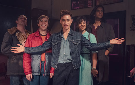Callum as Colin with his new friends in It's A Sin. Credit: Channel 4